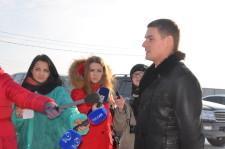 На вопросы журналистов отвечает министр международных отношений и внешлеэкономических связей А. О. Соболев