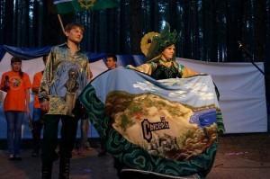 Визитка в костюмах сысертской рукодельницы О. А. Тимофеевой