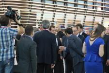 Иннопром 2014 горячо встречаем премьера Медведева