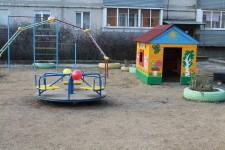 Большой Исток. Детская площадка