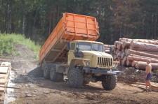 Строится семейная ферма Бондарева