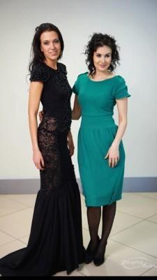 Нина Ручкина и Вероника Пиджакова в платье от Нины Ручкиной